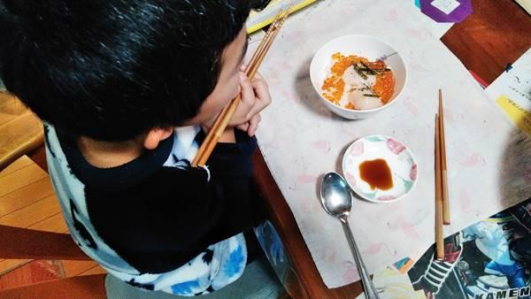 さっぽろ朝市高水福袋海鮮丼