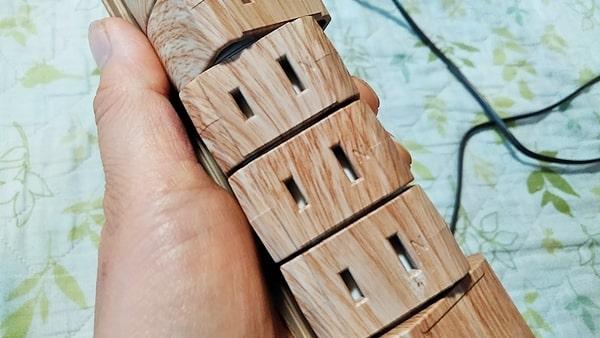 fargo木目調電源タップ